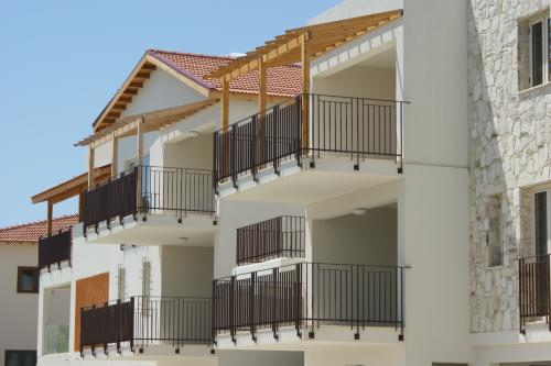 cyprus buy abroad property image