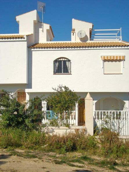 spain buy abroad property image