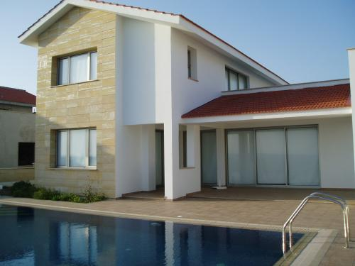 cyprus property for sale villa for sale larnaca cyprus buy cyprus property